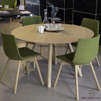 Aussteller-Angebot: AKIO Massivholztisch mit 4 NAVA Stühlen