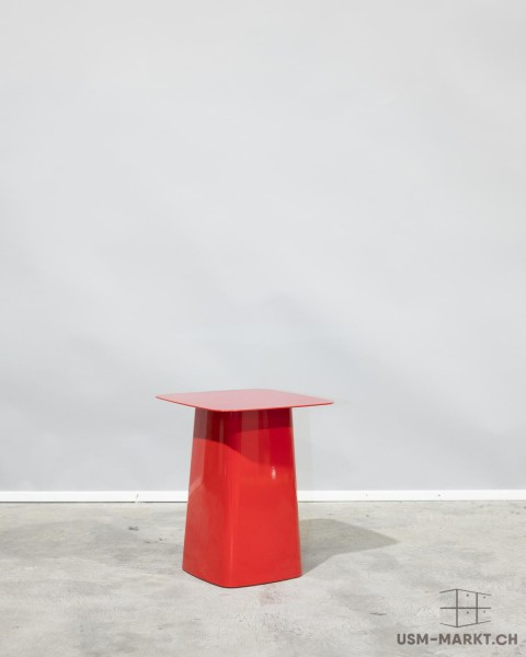 Vitra Metal Side Table indoor Rot klein