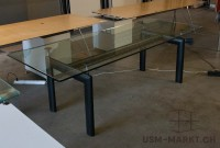 Tisch Corbusier LC6