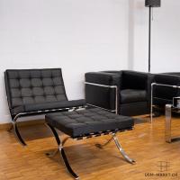 Barcelona Chair mit Ottoman